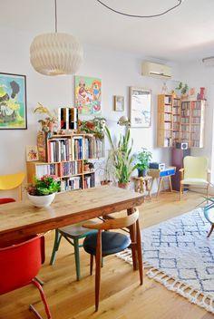 Apartment Therapy, Apartment Living, Barcelona Apartment, Ikea Sofa, Creation Deco, Interior Decorating, Interior Design, Home And Deco, House Colors