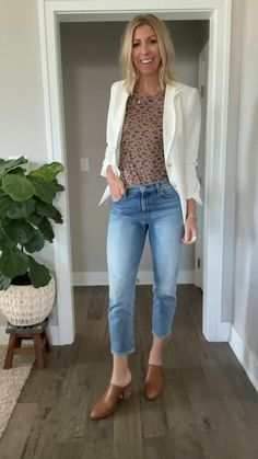 Cute Outfits With Jeans, Simple Outfits, Trendy Outfits, White Blazer Outfits, Casual Chic Outfits, Everyday Casual Outfits, Look Fashion, Trendy Fashion, Mode Outfits