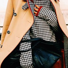 Houndstooth // Camel Coat // Winter Style