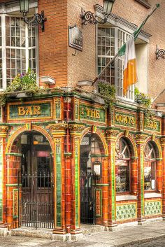 Quays Bar - Pub in Dublin, Ireland
