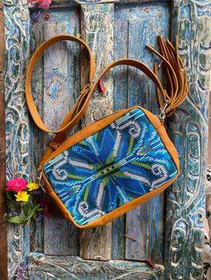 Fiesta Crossover Vintage Textiles, Textile Art, Crossover, Audio Crossover