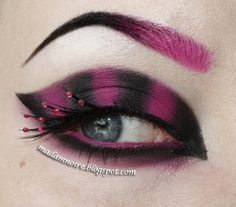 Pretty in Punk https://www.makeupbee.com/look.php?look_id=88963