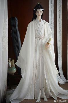 Pretty Dolls, Cute Dolls, Beautiful Dolls, Traditional Fashion, Traditional Dresses, Bjd Dolls, Barbie Dolls, Chinese Dolls, Custom Monster High Dolls