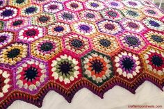 Chunky hexagon blanket Crafternoon Treats - with links to free tutorials on how to make it
