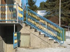 Kadonneet elementit: kaunis metalliportti - Talotarinat -blogi   A beautiful metal railing #architecture #arkkitehtuuri