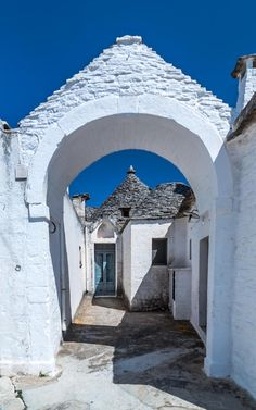Trulli di Alberobello - Puglia, Italy - by Europe Trotter on Cool Places To Visit, Great Places, Places To Travel, Beautiful Places, Travel Destinations, Alberobello Italy, Travel Around The World, Around The Worlds, Holland America Cruises
