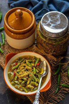 Hari Mirch Ka Achar Recipe or Green Chilli Pickle Recipe goes very well with Indian meals. Here is my mother's recipe to make this pickle. Indian I How to make I recipes I Indian Style i lemon I Spices i Turmeric I vinegar Chilli Dish, Chilli Pickle Recipe, Green Chilli Pickle, Vegan Indian Recipes, Ethnic Recipes, Mother Recipe, Masala Recipe, Chaat, Pickles