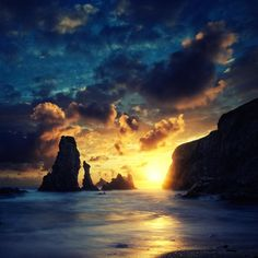 David Keochkerian, Sunset - Pixdaus. It looks like the end of the world