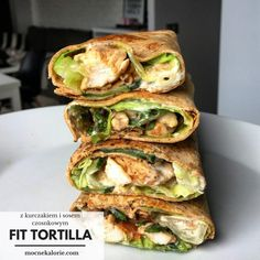 FIT Tortilla z kurczakiem i sosem czosnkowym Healthy Meats, Healthy Eating, Healthy Recipes, Healthy Food, Breakfast Recipes, Dinner Recipes, Meal Prep, Good Food, Food Porn
