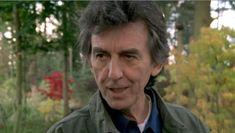 George+(+2000)+:++Así+reportaban+algunos+diarios++el+31+de+Diciembre+de+++++1999++del+ataque+sufrido+por+un+hijodeputa+en+su+hogar,+algo+que+lamentablemente+aceleró+su+muerte+igualmente.+              Con+un+par+de+bromas+a+las+enfermeras+y+una+sonrisa,+George+Harrison+tranquilizó+ayer+a+millones+de+admiradores+del+ex+Beatle+que+se+despertaron+con+la+noticia+de+que+había+sido+apuñalado+en+el+pecho+en+un+incidente+lleno+de+misterio+y+tristemente+evocativo+del+as