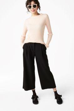 Monki Image 1 of Wide leg trousers in Black