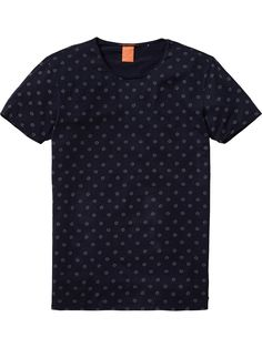 Buy Scotch & Soda Classic High T-Shirt. Free UK Delivery available on all purchases at Dapper Street. Simple Outfits, Cool Outfits, T Shirt Time, Tees, Shirts, Neck T Shirt, Men Dress, Shirt Designs, Menswear