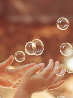 . Photo Main, Bubble Balloons, Blowing Bubbles, Soap Bubbles, Inner Child, Wishful Thinking, Simple Pleasures, Bokeh, Beautiful World
