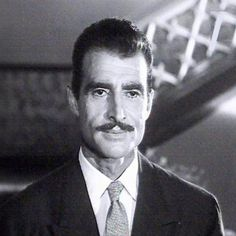 الفنان الفارس أحمد مظهر