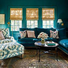 Formal Living Rooms, Living Room Sofa, Living Spaces, Teal Rooms, Teal Sofa, Design Salon, Interior Design Work, Exterior Design, Transitional Living Rooms