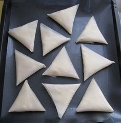 Boursin and ham appetizer samosas Appetizer Recipes, Appetizers, Picture Sharing, Boursin, Street Food, Coco, Sweet Recipes, Ham, Entrees