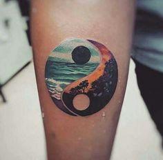 Yin Yang Tattoos, Tatuajes Yin Yang, Neue Tattoos, Body Art Tattoos, Small Tattoos, Tatoos, Sea Life Tattoos, Tatuajes Tattoos, Tattoo Ideas