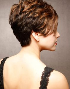 Brief Stacked Hairstyles 2015 - http://www.dailylifestyleideas.com/hairstyles/brief-stacked-hairstyles-2015.html