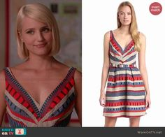 WornOnTV: Quinn& blue and red patterned v-neck dress on Glee . Quinn Fabray, Other Outfits, Cool Outfits, Glee Fashion, Eva Franco, Lara Jean, Glee Cast, Dianna Agron, Stripe Dress