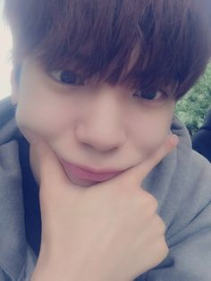 """160511 Twitter Update """"[#Heojun] I miss you, I can't stand it! Come gather at the fancafe right now!! Let's chat!!!!"""""""