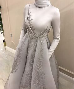 Source by dress fancy Hijab Prom Dress, Hijab Evening Dress, Hijab Style Dress, Muslim Wedding Dresses, Hijab Gown, Evening Dresses, Wedding Abaya, Kebaya Wedding, Popular Wedding Dresses