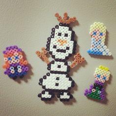 Frozen perler beads by nohnagyeong