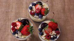 Receta | Panacota de vainilla con frutos rojos - canalcocina.es