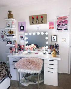 Shop #Social – Impressions Vanity Co.