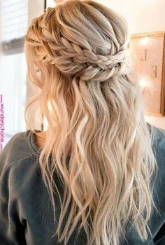 Beautiful braided wedding hairstyles_half up hairstyles 1 – Frisuren Wedding Hairstyles Half Up Half Down, Braided Hairstyles For Wedding, Box Braids Hairstyles, Boho Hairstyles, Hairstyle Ideas, Hairstyles 2018, Hair Ideas, Beautiful Hairstyles, Easy Homecoming Hairstyles