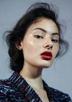 Interested in the skin care routines of NYFW models? Check out the skin care routine of the models walking the runway for Opening Ceremony. Beauty Make-up, Fashion Beauty, Beauty Hacks, Hair Beauty, Woman Fashion, Fashion Mag, Fashion Pics, Beauty Trends, Beauty Skin