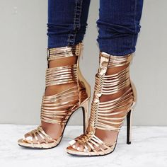 NEW Women/'s Strappy Ankle Strap Gladiator Chunky Heel Sandal Shoes Size 5.5-11