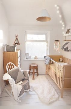 With the arrival of our first baby around the corner it was time to turn our box room into something a bit more suitable. The outcome is a Scandi, woodland, Native American mash up and overall pretty happy with the cozy vibe.