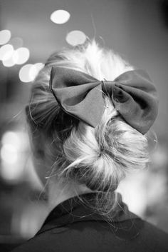 back bun with huge bow - so cute!