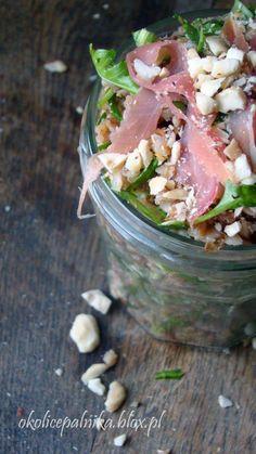 Bomba zdrowia - sałatka z kaszy gryczanej Food Ideas, Salads, Lunch Box, Favorite Recipes, Diet, Baking, Architecture, Canning, Side Plates
