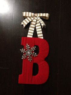 DIY Christmas Letter Wreath - do J O Y and sell the set of 3 for $22? Make 3 sets?