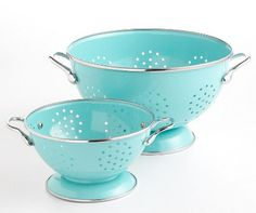 aqua strainers! I am clearly obsessed with this color :0