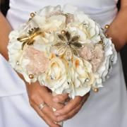 Champagne Rose Jeweled Bouquet