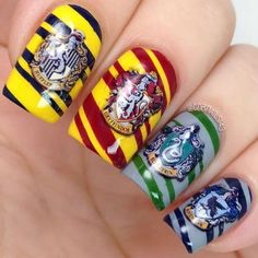 20 water decals in different sizes to fit all your nails! Use: then pai… Harry Potter Nail Art, Harry Potter Nails Designs, Objet Harry Potter, Simple Nail Art Designs, Best Nail Art Designs, Toe Nail Designs, Beautiful Nail Designs, Nail Art Diy, Easy Nail Art