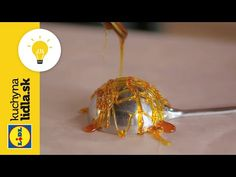 Ako vyrobiť karamelové ozdoby? 😍   Adriana Poláková   Kuchyňa Lidla - YouTube Russian Recipes, Lidl, Japchae, Make It Yourself, Ethnic Recipes, Food, Youtube, Polish, Candy