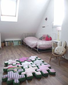 Puzzle Piece Floor Cushions // these are so cool not to mention cute! by Au Pays des Cac­tus
