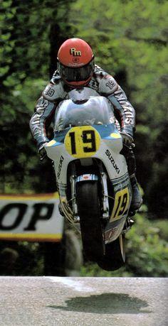 1984 Rob Mcelnea Tourist Trophy Suzuki RG 500