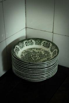 Vanhat lautaset