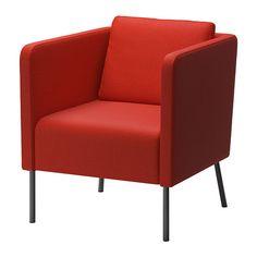 EKERÖ Sillón IKEA El cojín del respaldo proporciona un apoyo blando y cómodo a la espalda y es reversible, por lo que dura más. 129€