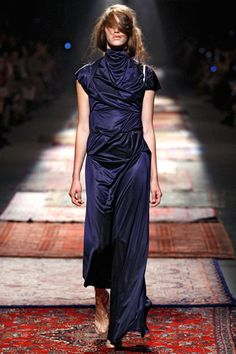 Maison Martin Margiela Spring 2012 Ready-to-Wear Collection Slideshow on Style.com