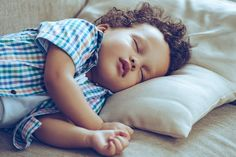 Six things that will help parents incorporate lullabies in the bedtime routine