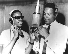 Lil' Stevie Wonder & a young Marvin Gaye @ Motown (then Hitsville USA) Music Icon, Soul Music, My Music, Marvin Gaye, Stevie Wonder, Jazz, Old School Music, Soul Singers, Thats The Way