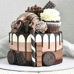 Delicious and Beautiful Desserts Recipes and Images for This Summer Part dessert recipes; desserts near me; Fun Desserts, Delicious Desserts, Baking Desserts, Cake Recipes, Dessert Recipes, Dessert Food, 21st Cake, Bolo Cake, Beautiful Desserts