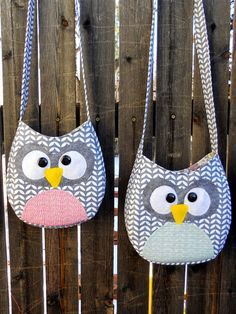Just Another Hang Up :: Free pattern & tutorial for Crossbody Little Girl Owl Purse. Not a free pattern anymore.