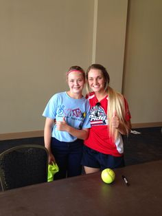 Autograph and pic with @cassietysarczyk