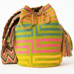 Handmade Wayuu Boho Bags | WAYUU TRIBE Crochet Patterns, Fair Trade – WAYUU…